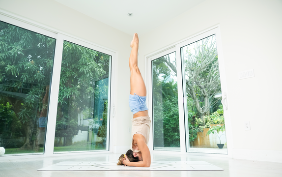 thumbnail image for Class 15—Conditioning—Headstand