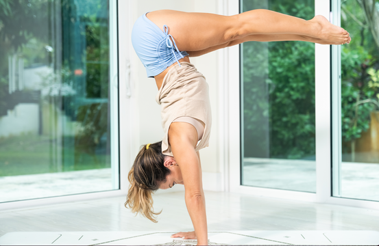 thumbnail image for Class 25—Practice—L Pike Handstand