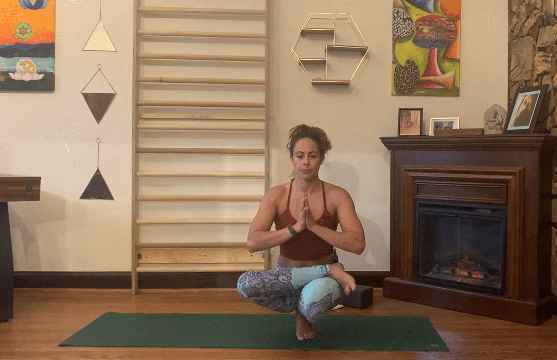 thumbnail image for Mobility Yoga Flow - Hips 3