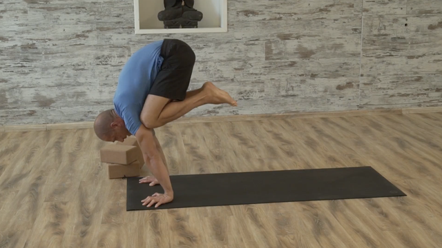 thumbnail image for Strengthening for Arm Balances