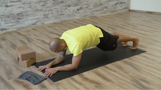 thumbnail image for Core /Abs Workout